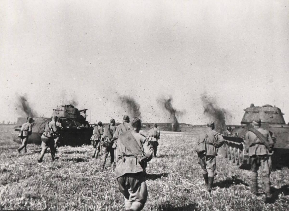 75 лет Курской битвы отмечают в Оренбуржье