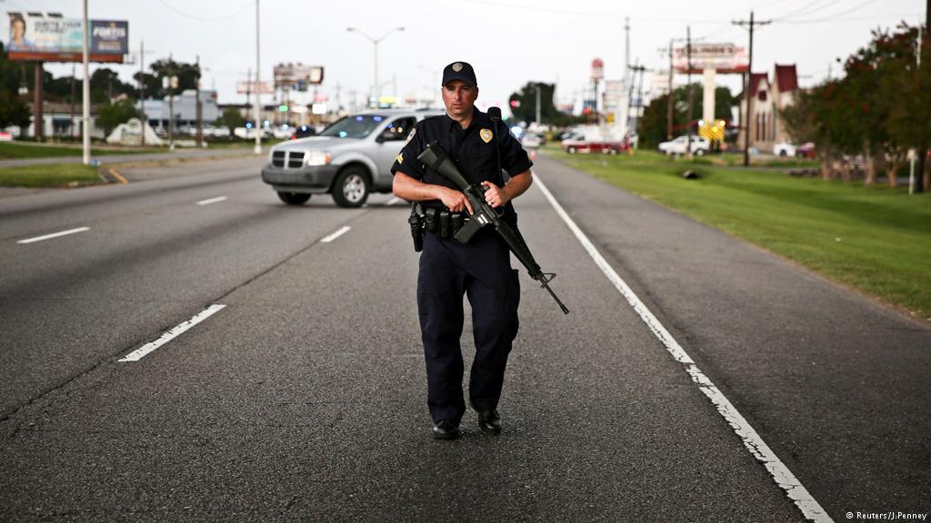 Столкнулись граждане с полицией