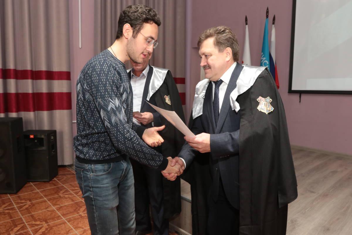 Успешные студенты Новотроицка отмечены стипендиями Металлоинвеста