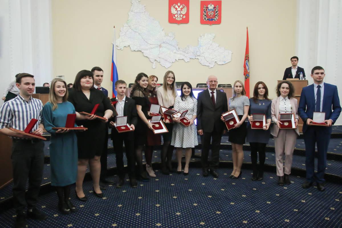 В Оренбуржье наградили лучших добровольцев