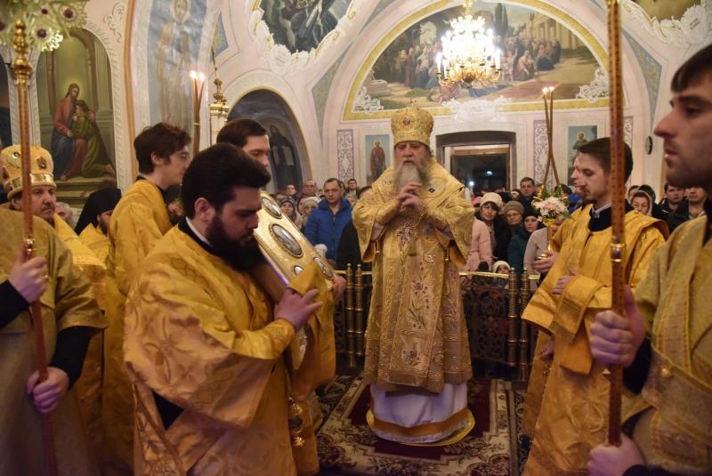 Рождественские службы в церквях Оренбурга