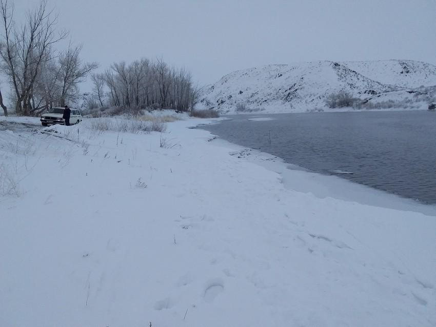 Зимняя рыбалка увела под воду