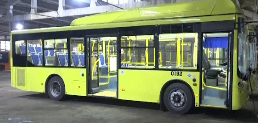 Желтый автобус готовит документы