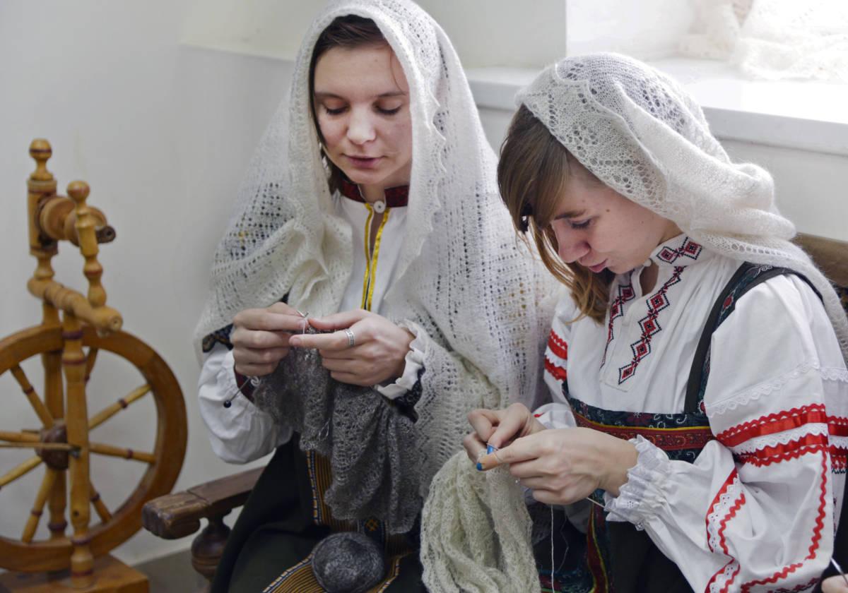 Близится фестиваль «Оренбургский пуховый платок»