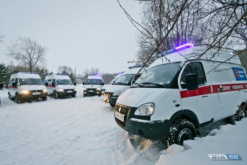 """новые машины """"скорой"""" скорая помощь"""