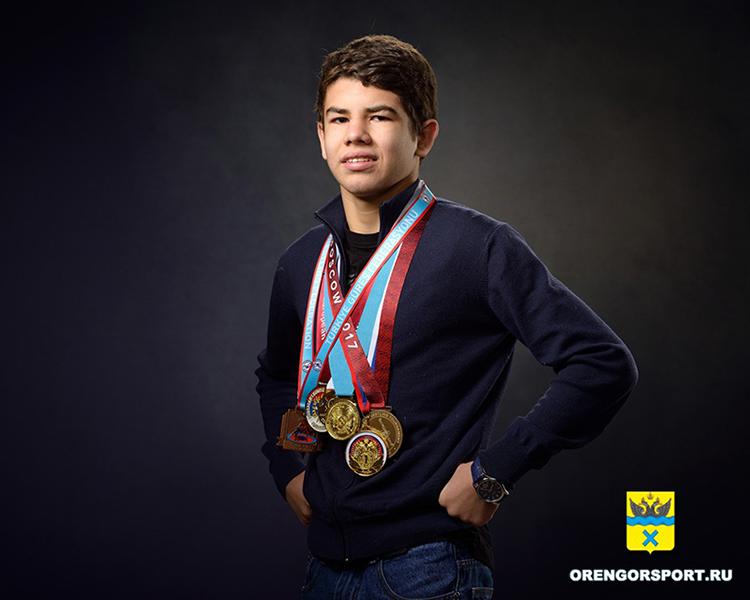 Оренбуржец стал призером международного турнира по вольной борьбе