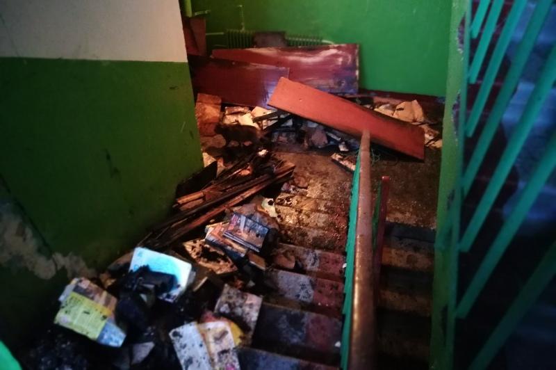 В Оренбурге горят «кладовки» многоквартирных домов