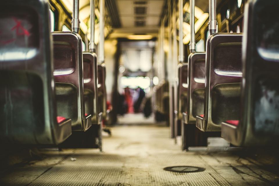 Оренбурженка покусала водителя автобуса