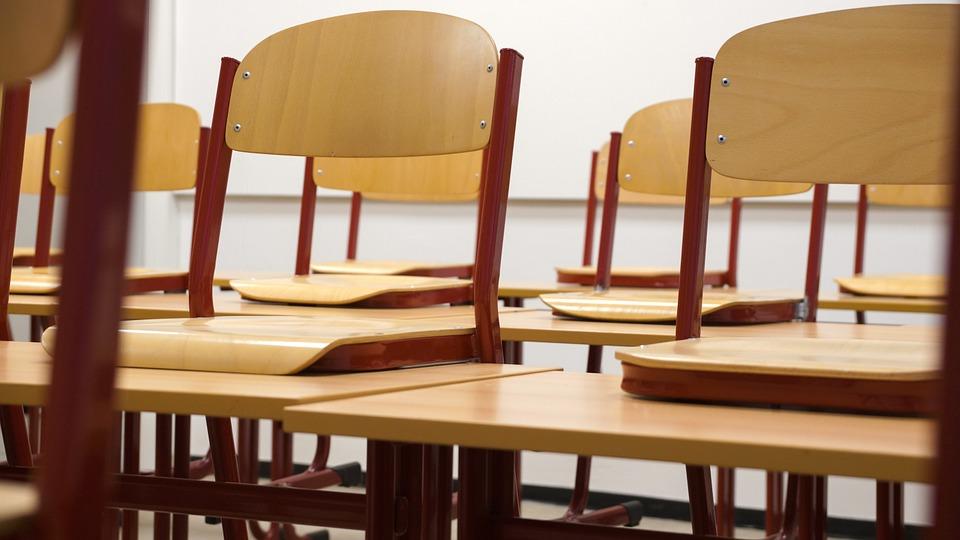 Орские и бузулукские ученики пошли в школы