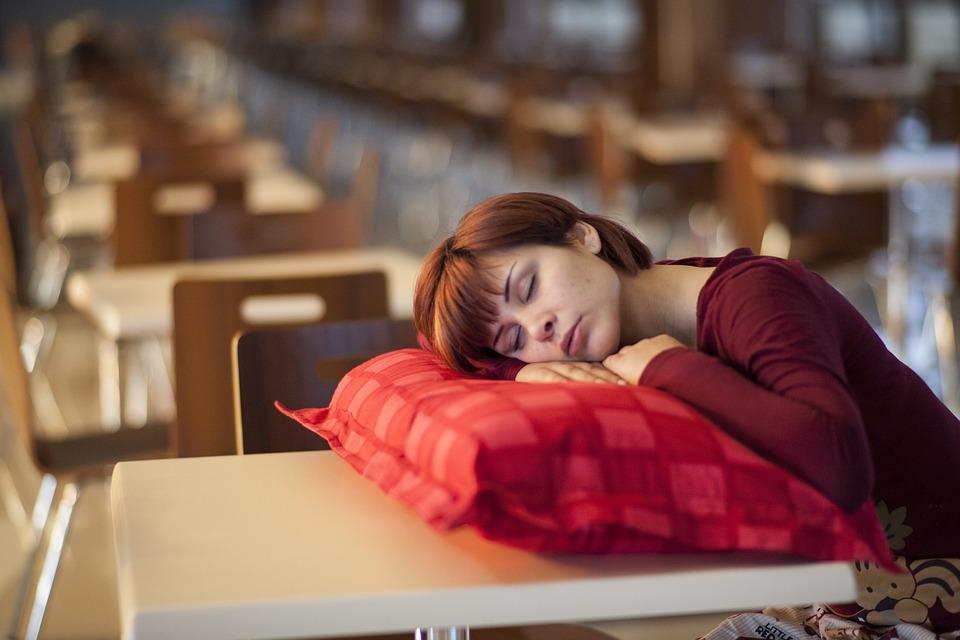 Недосып – на лице