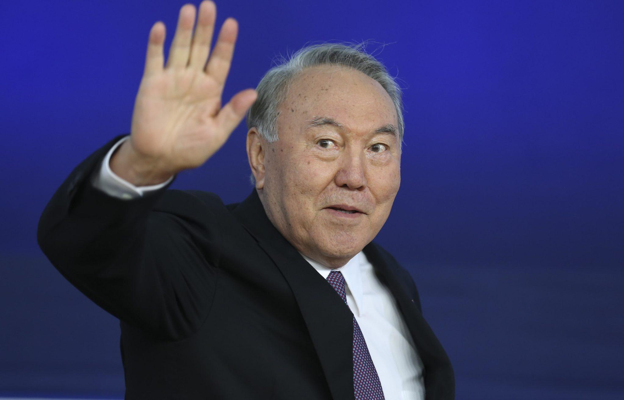 Оренбургские политики высказались  об отставке Назарбаева