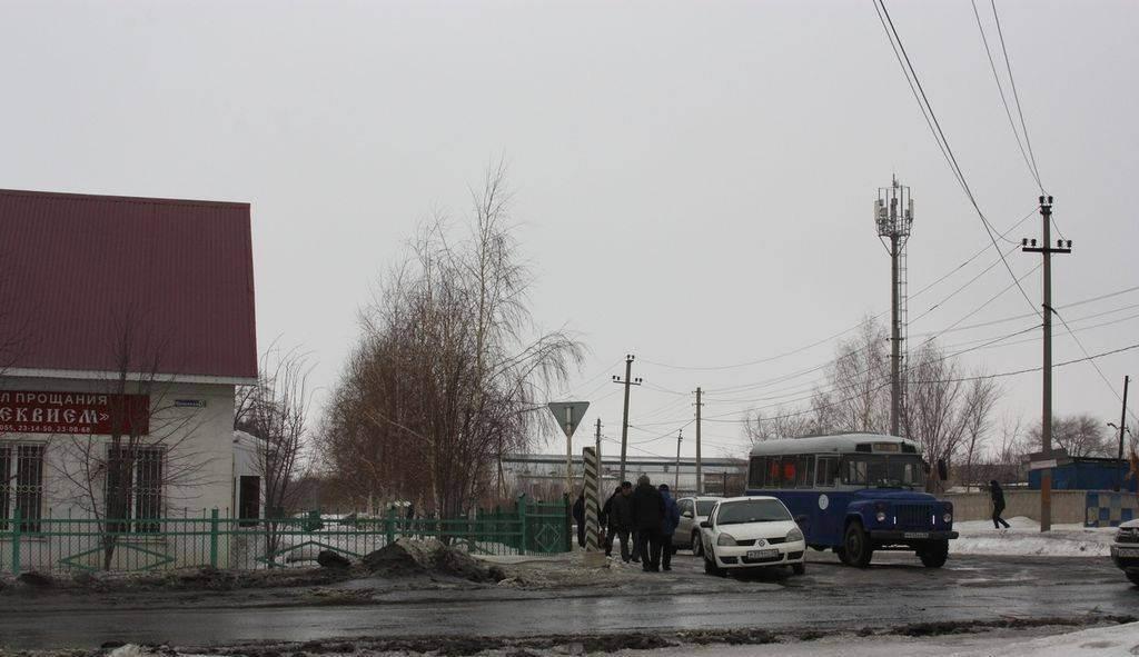 В Орске простились с заместителем директора электросетей