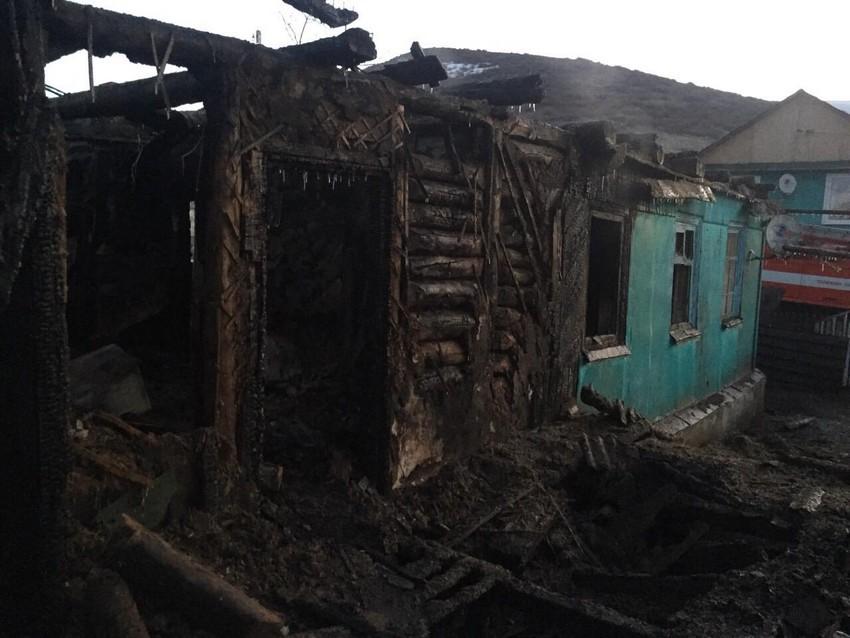 В Медногорске при пожаре погибла семья: СК возбудил уголовное дело