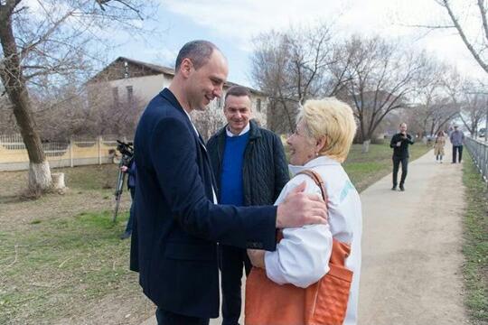 ВЦИОМ: 47% избирателей готовы проголосовать за Дениса Паслера