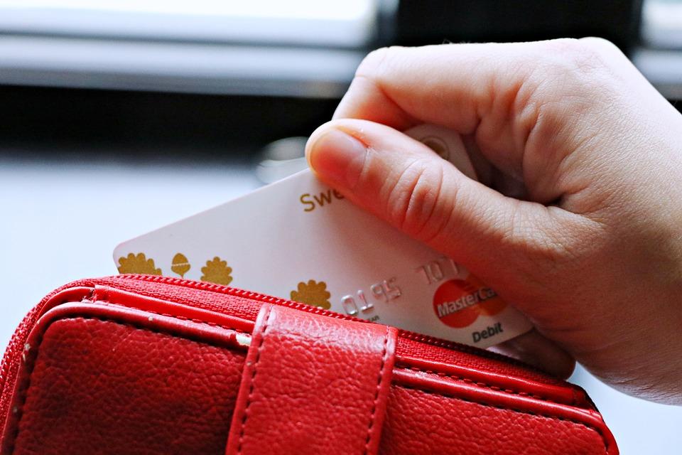 Пенсионерка из Оренбурга отдала мошенникам 145 тысяч