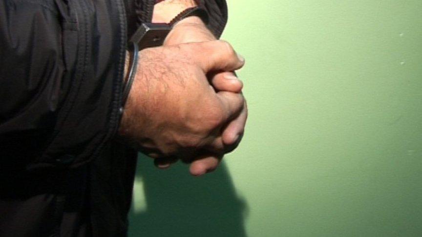 В Оренбурге  задержали подозреваемого в поджоге автомобиля