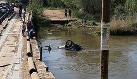 В Сорочинске в реку упал внедорожник