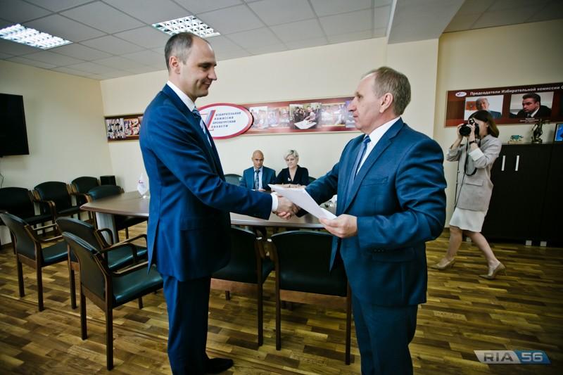 Денис Паслер подал документы в Оренбургский избирком