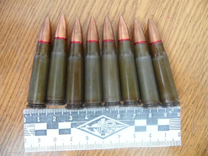 В Ясном мужчина 11 лет хранил боеприпасы у себя дома