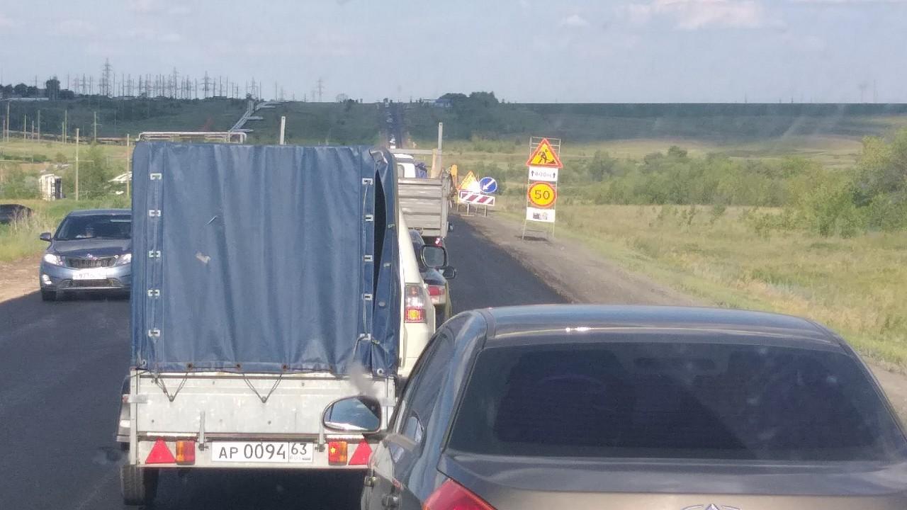 На трассе «Оренбург-Самара» образовалась огромная пробка