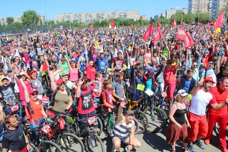 В Оренбурге прошел фестиваль «День 1000 велосипедистов»