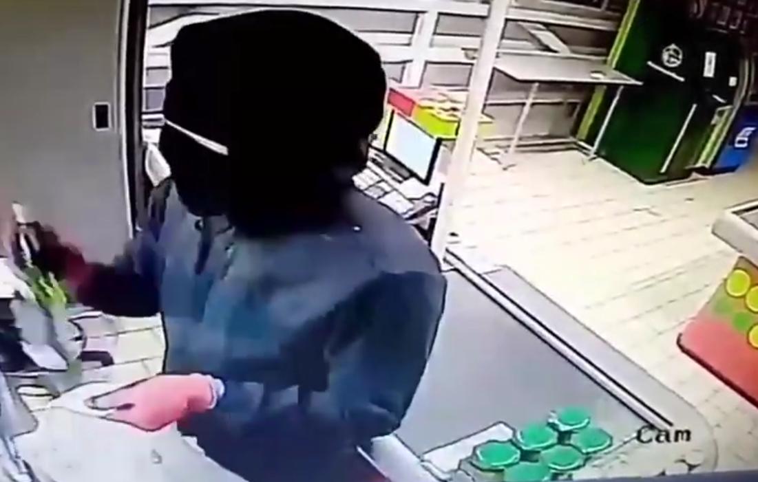 В Бузулуке сотрудники полиции по горячим следам задержали грабителя магазина