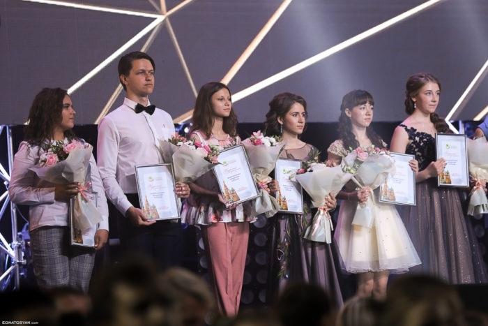 Куда поедут отдыхать выпускники, получившие сертификаты от правительства Оренбуржья