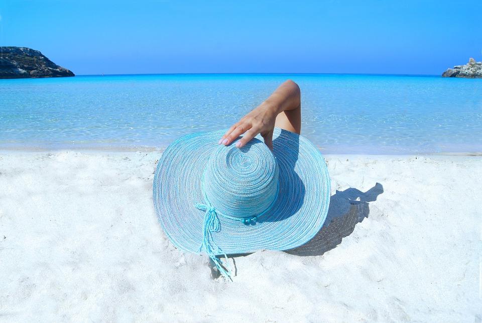 ЭнергосбыТ Плюс напоминает клиентам об акции «В отпуск – без долгов!»