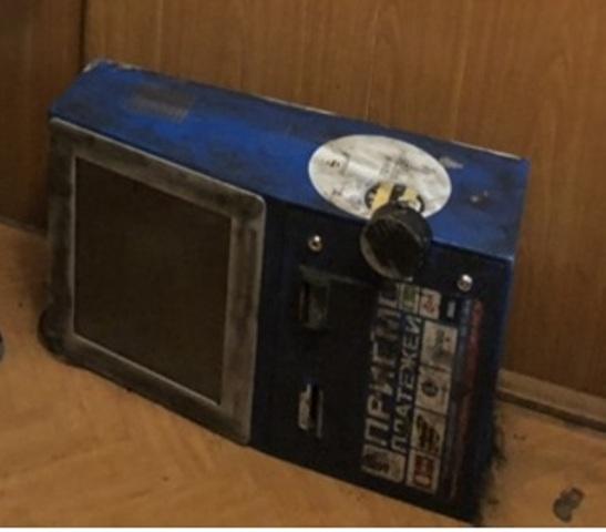 В Новотроицке неизвестные пытались похитить платежный терминал